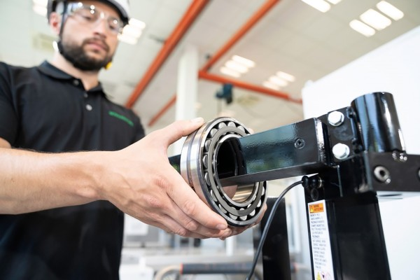 Schaeffler strengthens its service business in the industrial division