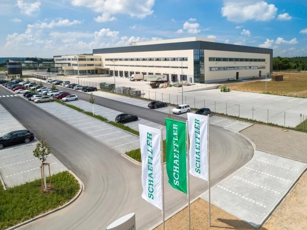 Online condition monitoring using SmartCheck prevents unplanned machine downtime at Schaeffler's European Distribution Centre